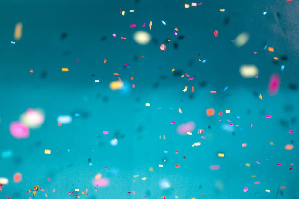 Festlekar och massor av ideer till fest